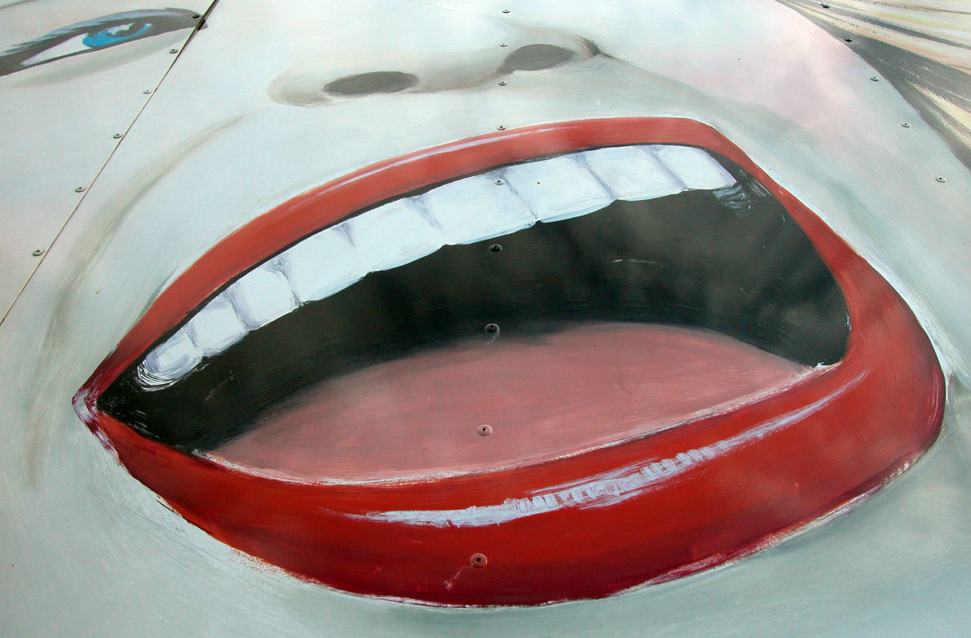 Big mouth Photo by swirlingthoughts