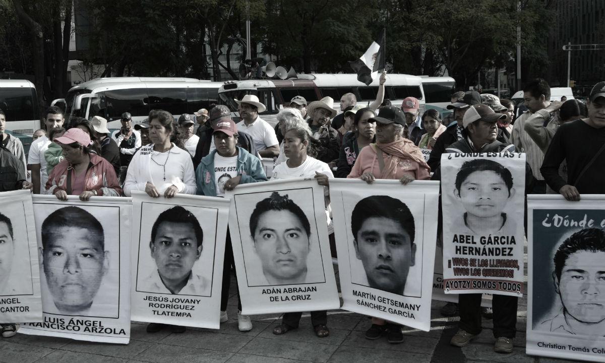 Nos faltan 43, Photo by Fernando García