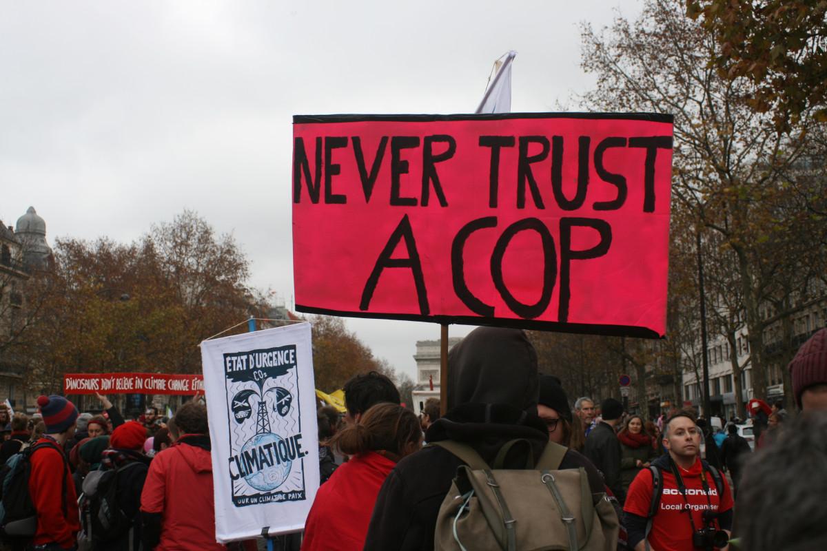 'Never trust a cop' banner